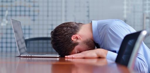 5 erros fatais que fazem qualquer corretor experiente perder uma venda.